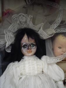 scary-doll-that-i-dont-own